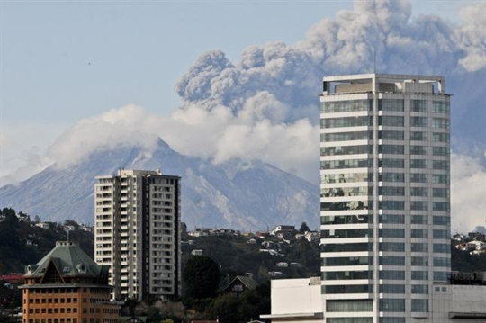 erupcion-del-volcan-calbuco-2034644h430